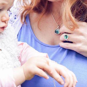 moedermelk-oorbellen