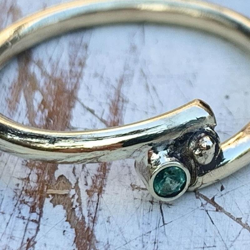 ring-smaragd