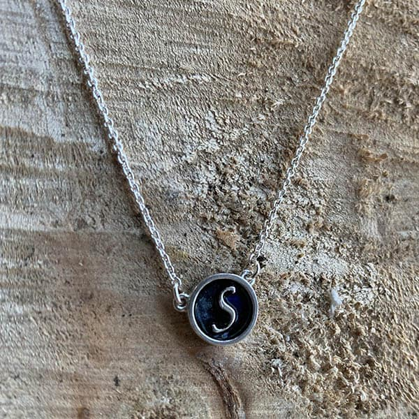 Initiaal-collier-ketting