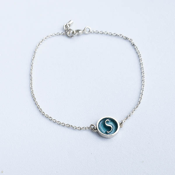 zilver-armband-letterbedel