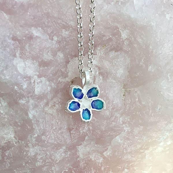 Mini-Jewels-sieraden-voor-kersverse-moeders-Blossom