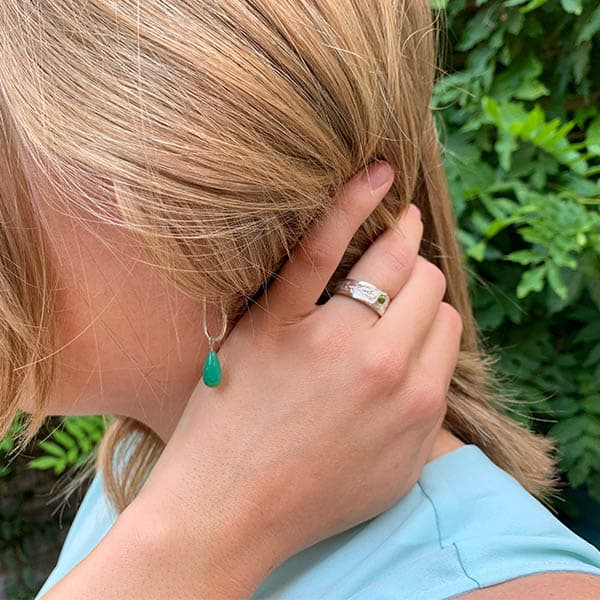 geboortesteen-chrysopraas-oorhangers