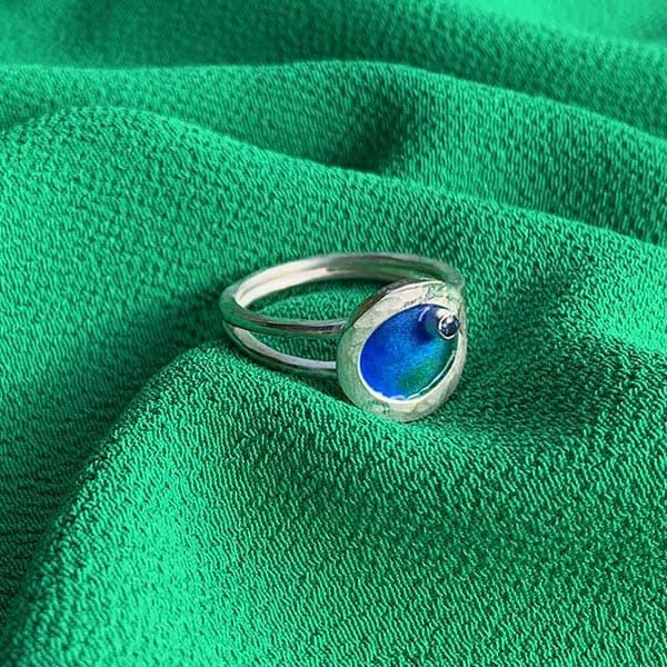 Nature-ring-geboortesteen-emaille-groen