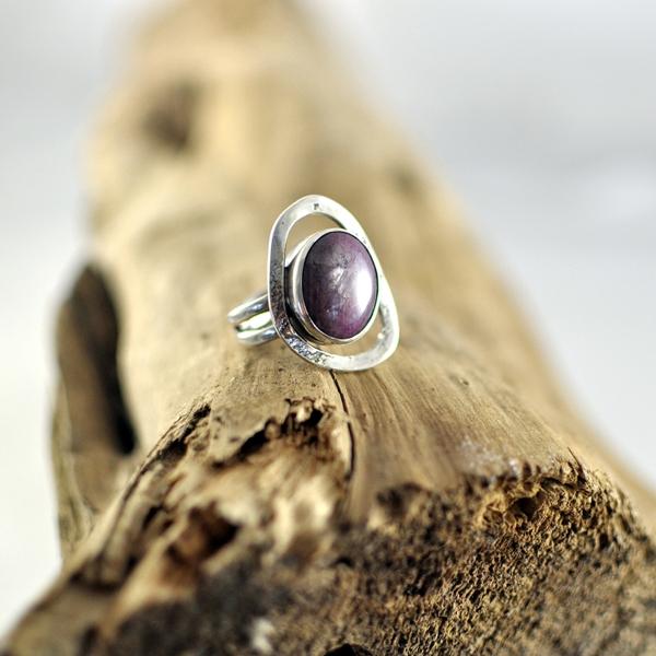 ring-zilver-met-robijn
