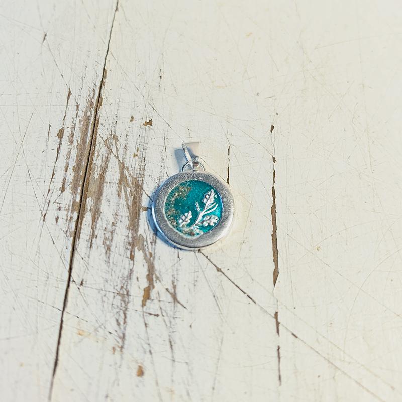 hanger-met-as-turquoise